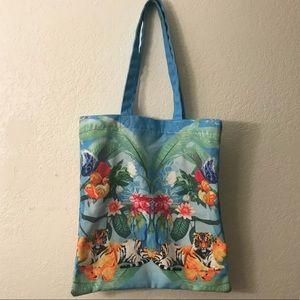 ⭐️MAKE OFFERS! H&M tiger blue tote bag